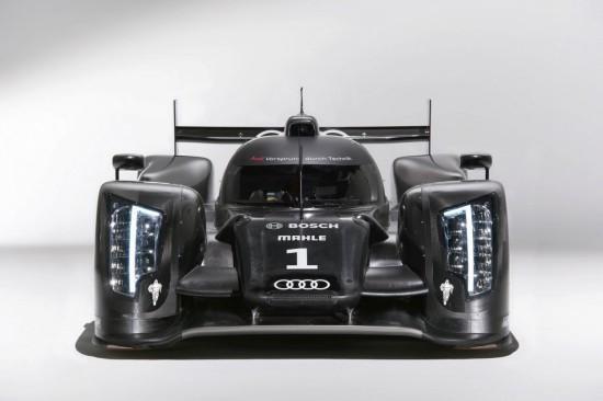 Снимки: Дойде времето Audi да изкара болида R18