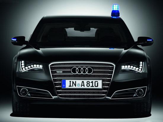 Снимки: Audi показа бронираната A8 L Security