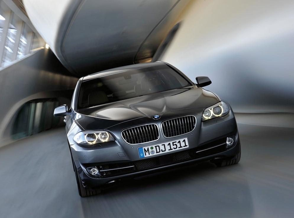 Снимки: Конкурса Автомобил на България за 2011 г.