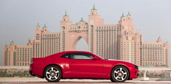Снимки: Махнаха официално покрива на Chevrolet Camaro