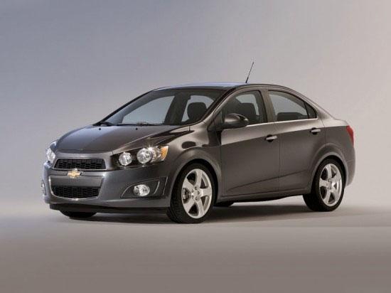 Снимки: Детройт 2011: Chevrolet Sonic изглежда симпатичен
