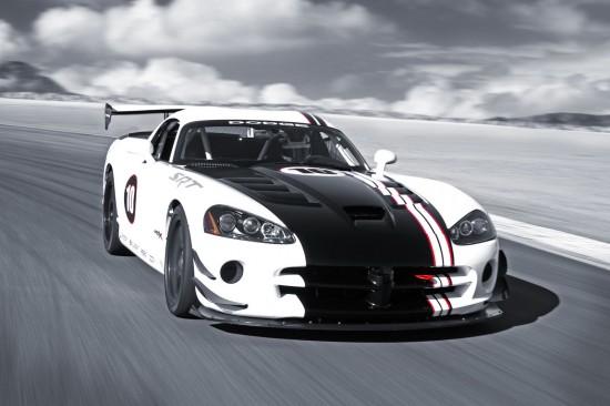 Снимки: През 2013 г. идва новият Dodge Viper