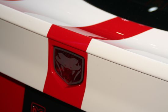 Снимки: Chrysler с три оферти за Dodge Viper