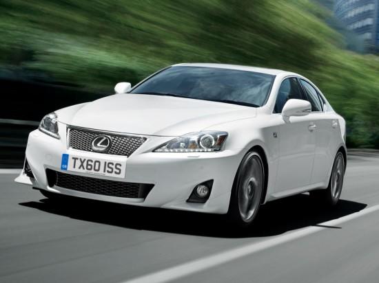 Снимки: Lexus подобрява IS фамилията