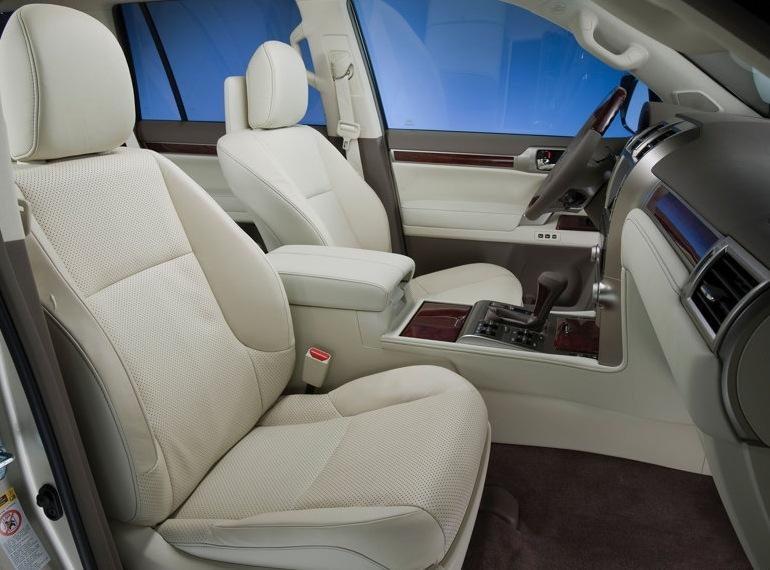 Снимки: Lexus показа новият GX460