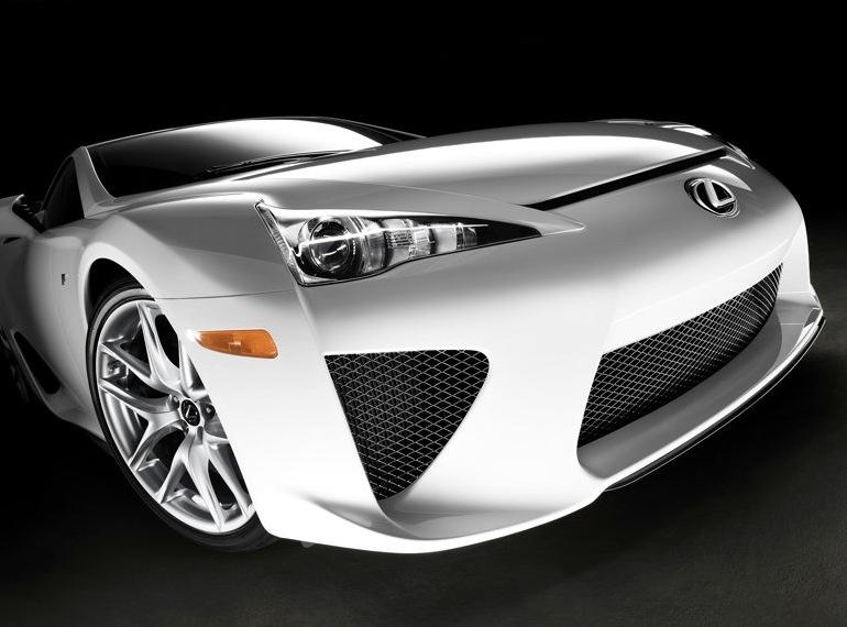 Снимки: Официално: Lexus пуска серийния LF-A