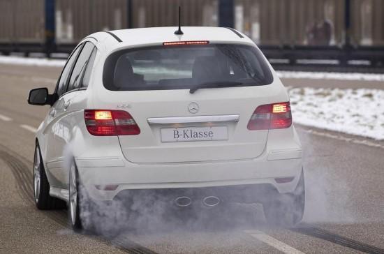 """Снимки: Появи се """"горещия"""" хечбек Mercedes B55 AMG"""