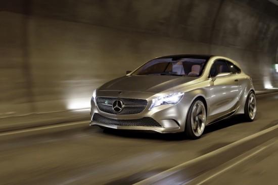 Снимки: Mercedes разкри информация за бъдещето на А-класата. Очаква я AMG версия