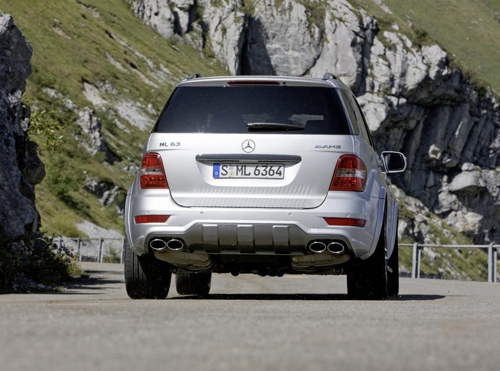Снимки: Mercedes-Benz ML 63 AMG слиза от поточната линия