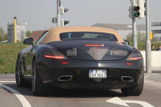 Снимки: Папараци заснеха открития Mercedes SLS AMG без камуфлаж