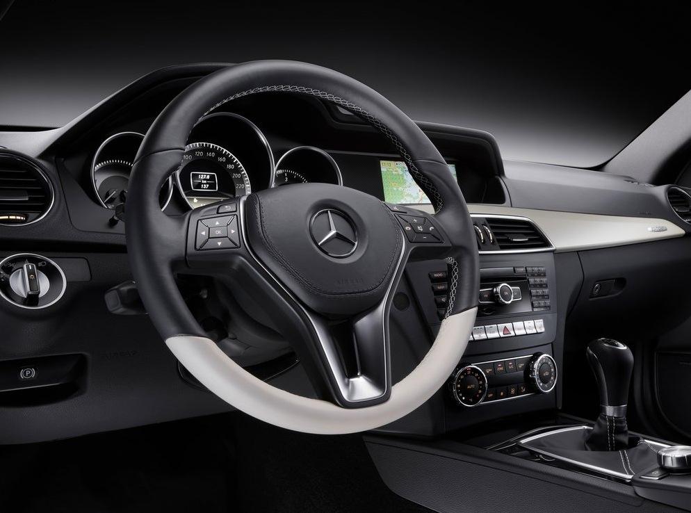 Снимки: Официално - това е Mercedes C-Class Coupe