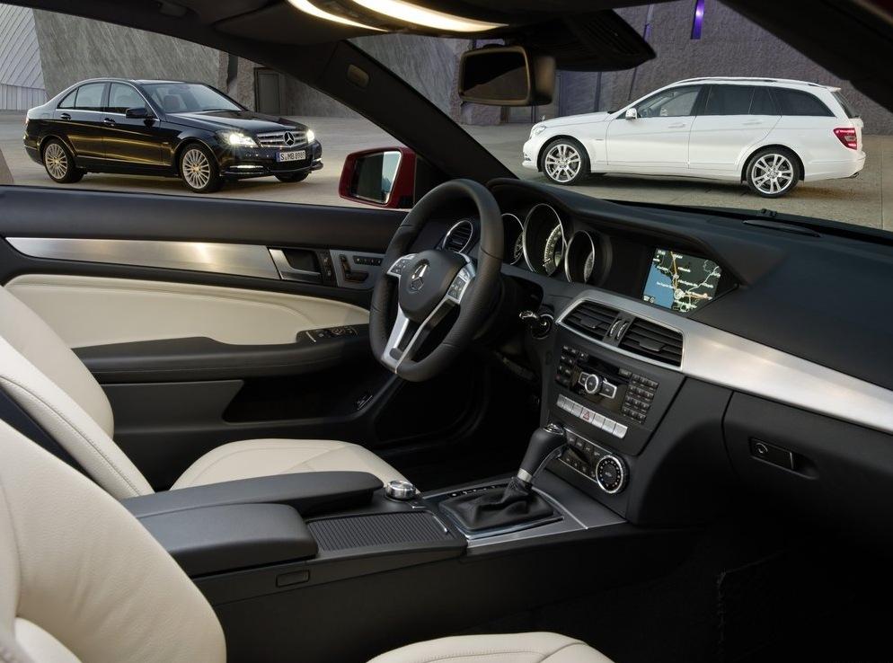Снимки: Първите официални снимки на Mercedes C-Class Coupe