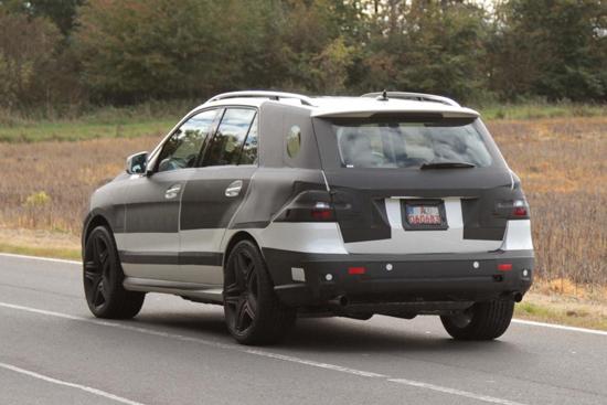 Снимки: Приключва ли Mercedes с тестовете на новият ML?