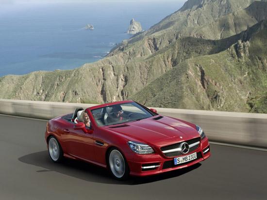 Снимки: Новото Mercedes-Benz SLK надскача възможностите си
