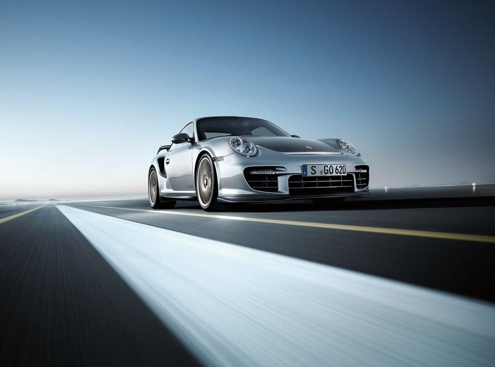 Снимки: Разпродадено: Porsche 911 GT2 RS