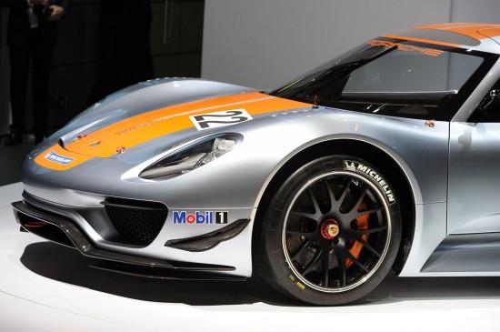Снимки: Детройт 2011: Porsche 918 RSR ще покори пистите