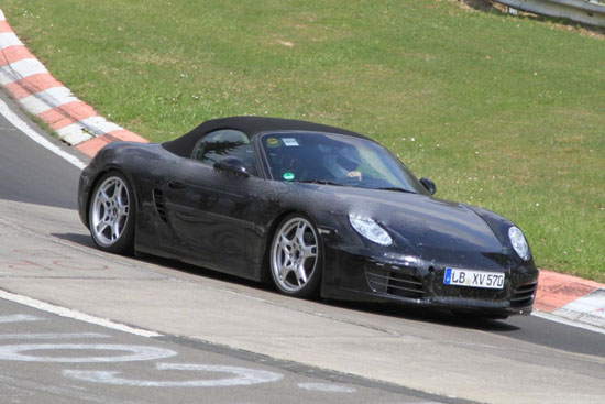 Снимки: Porsche работи върху новият Boxtser