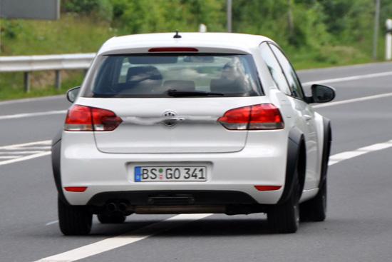 Снимки: Volkswagen приготвя следващото поколение Golf