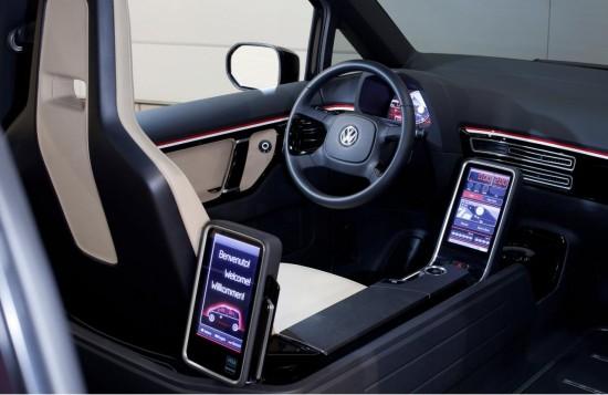 Снимки: Новото такси на VW е изключително гъвкаво . . .