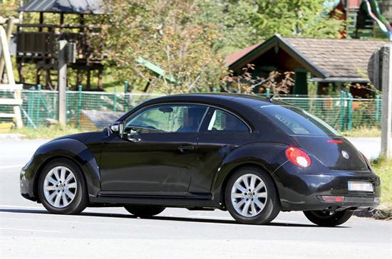 Снимки: Започнаха тестовете на 2011 VW Beetle