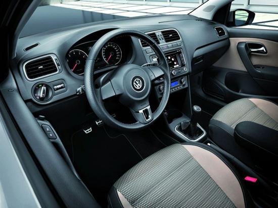 Снимки: Volkswagen Polo се превърна в малък кросоувър