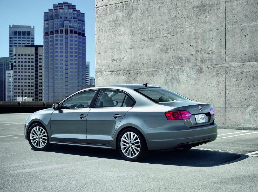 Снимки: Показаха новото поколение 2011 VW Jetta за САЩ