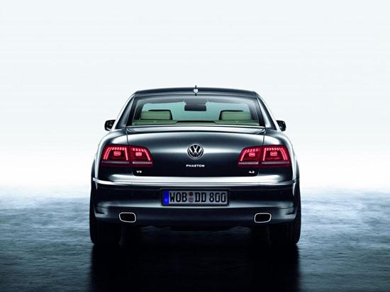 Снимки: Светодиодите на новият 2011 Volkswagen Phaeton са в изобилие