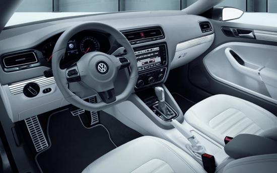 Снимки: Заговори се за новият Volkswagen Jetta