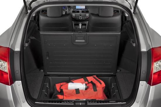 Снимки: Honda разкри вътрешността на Accord CrossTour