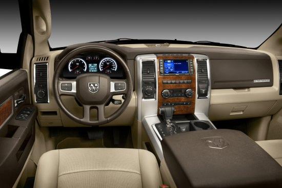 Снимки: Dodge Ram 2009 продължава да печели хвалби от страна на потребителите и медиите.