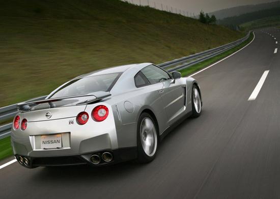 Новости от Nissan за GT-R