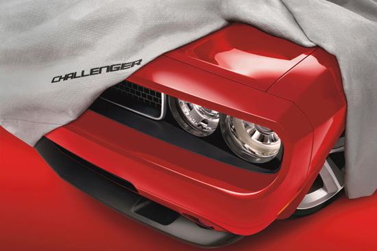 Dodge Challenger пази спортния дух на своите предшественици