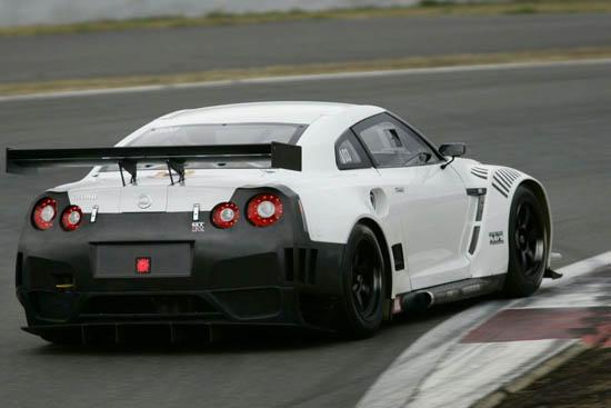 Nissan показа GT-R направен специално за пистите