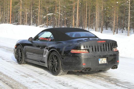 Porsche разработва новото поколение 911