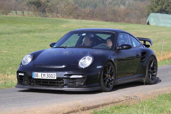 Porsche обновява 911 GT2