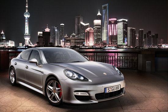 Porsche Panamera има огромен успех по продажби в САЩ