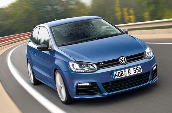 """""""Горещия"""" хечбек VW Polo R предизвиква интерес"""