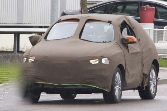 Компактния Audi Q3 започна тестове