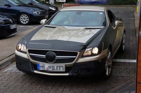 Новия Mercedes-Benz SLK иска вече да почва серийно производство