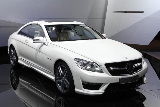 Новият Mercedes CL 63 AMG ви спира дъха