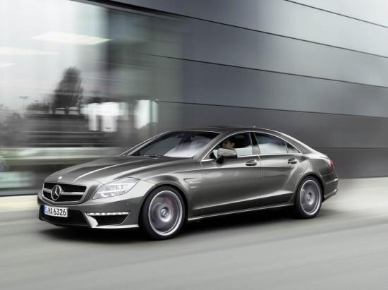 Новият Mercedes CLS 63 AMG демонстрира много, много мускули