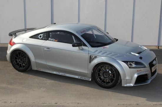 Audi се впуска в GT4 шампионата с TT RS