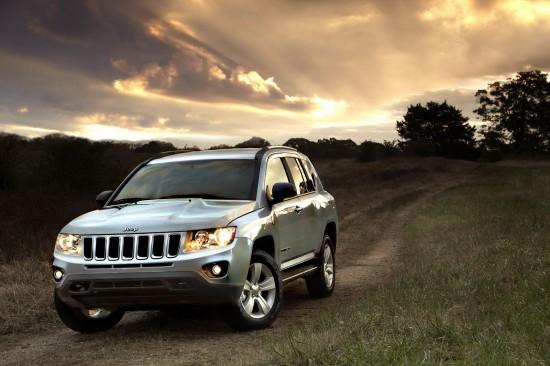 Jeep обновиха Compass с подобаващ фейслифт