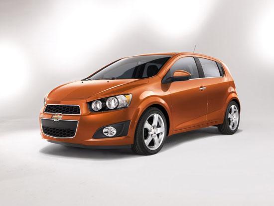 Детройт 2011: Chevrolet Sonic изглежда симпатичен