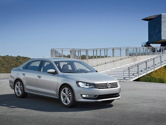 VW дебютира изцяло новия Passat за Америка