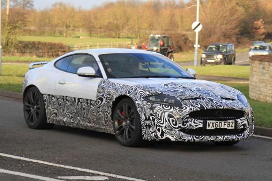 Новият Jaguar XK-R излезе на тестове