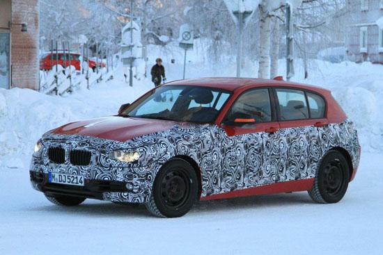 """BMW напредва с тестовете на новата """"единичка"""""""