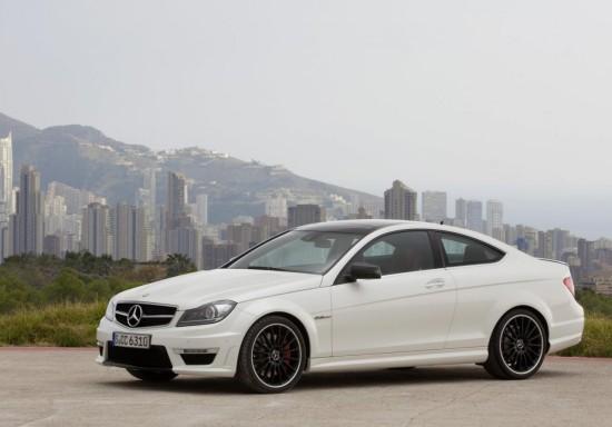 По-екстремни изживявания с Mercedes C63 AMG Coupe