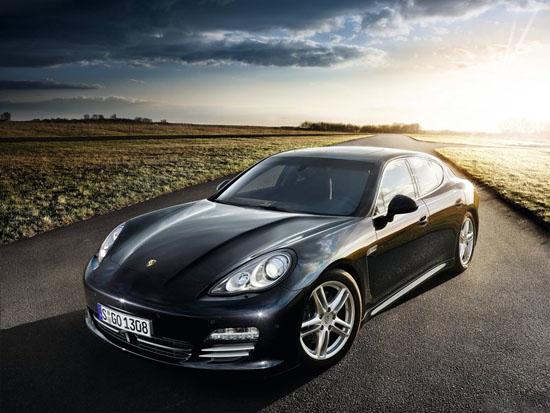 Сега, пък ще се появи Porsche Panamera Turbo S . . .