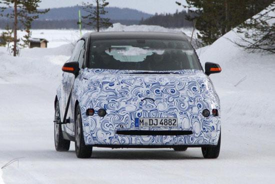 BMW вече тества i3 и подготвя 3-цилиндрови агрегати